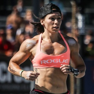 crossfit mujer musculosa