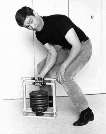 ejercicio para antebrazo bruce lee