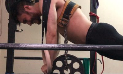 flexiones en aros con peso